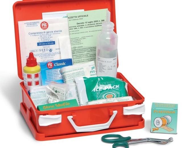 primo soccorso: attrezzature e presidi obbligatori nelle aziende